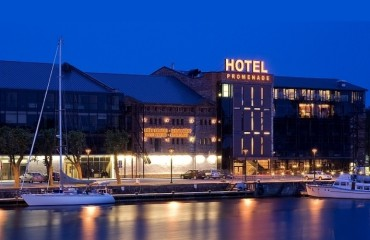 Promenade Hotel viesnīca